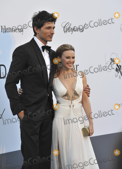 Andres Velencoso, Kylie Minogue Photo - Kylie Minogue & Andres Velencoso at amfAR's 20th Cinema Against AIDS Gala at the Hotel du Cap d'Antibes, France