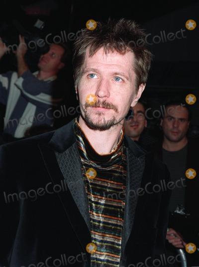 "Gary Oldman, Gary. Oldman Photo - 20NOV97:  Actor GARY OLDMAN at premiere of ""Alien Resurrection,"" in Los Angeles."