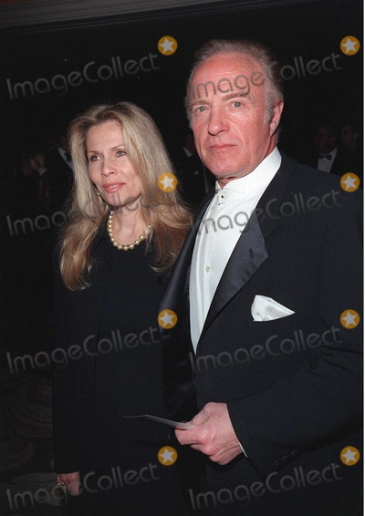 James Caan, Sumner Redstone, The National Photo - 23APR98:  Actor JAMES CAAN & wife at the National Conference of Christians & Jews Humanitarian Award dinner honoring Viacom chairman Sumner Redstone.