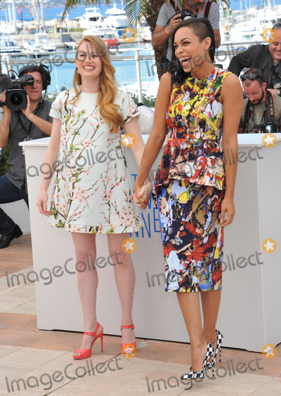 "Mireille Enos, Rosario Dawson Photo - Mireille Enos & Rosario Dawson (right) at the photocall for their movie ""Captives"" at the 67th Festival de Cannes.