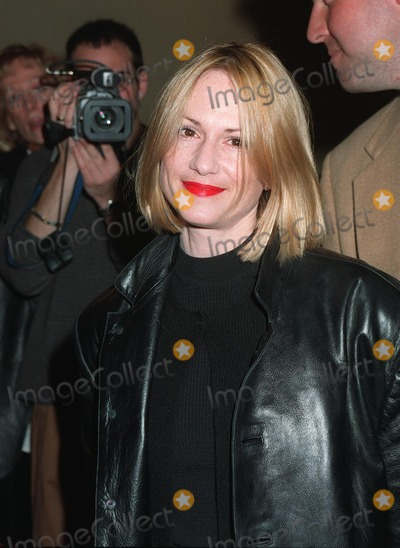 Holly Hunter, Hollies Photo - 11NOV97: Actress HOLLY HUNTER at premiere in Los Angeles 