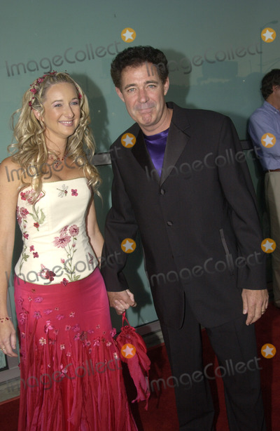 Barry Williams Photo - Actor BARRY WILLIAMS & wife at the world premiere of Dickie Roberts: Former Child Star.Sept 3, 2003 Paul Smith / Featureflash