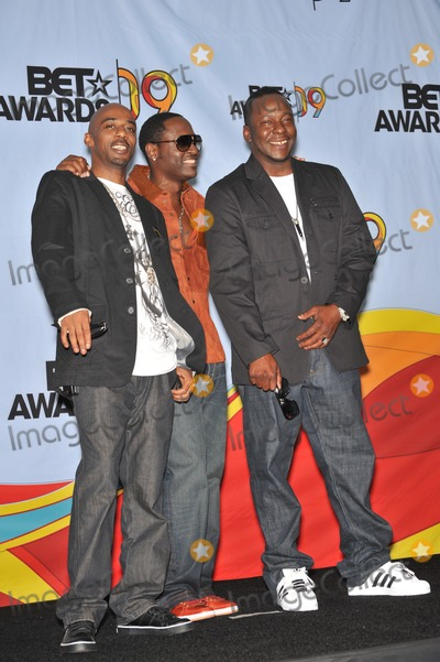 Bobby Brown, Johnny Gill, Ralph Tresvant, Bobbi Brown Photo - Heads of State - Johnny Gill, Ralph Tresvant & Bobby Brown - at the 2009 BET Awards (Black Entertainment Television) at the Shrine Auditorium.