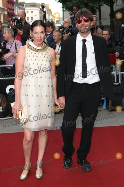 Alex James Photo - Alex James and wife arriving for the GQ Men Of The Year Awards 2014, at the Royal Opera House, London. 02/09/2014 Picture by: Alexandra Glen /Featureflash