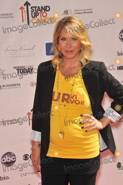 Christina Applegate, The Stands Photo - Christina Applegate at the Stand Up To Cancer event at Sony Pictures Studios, Culver City.September 10, 2010  Culver City, CAPicture: Paul Smith / Featureflash