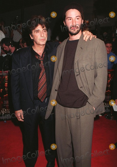 """Al Pacino, Keanu Reeves Photo - 13OCT97: Actors AL PACINO (left) & KEANU REEVES at the world premiere of their new movie, """"Devil's Advocate"""" in Los Angeles."""