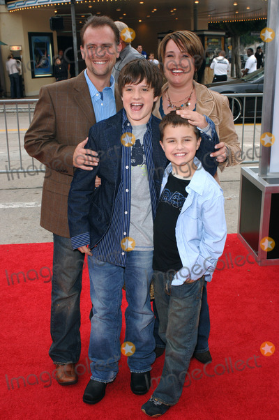Photos and Pictures - Actor JOSH HUTCHERSON & family at ...