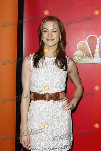 Yvonne Strahovski, THE HILTONS Photo - NEW YORK - MAY 16 :  Yvonne Strahovski pictured at The NBC Primetime Preview at The Hilton on May 16, 2011 in New York City.  (Photo by StarMedia/ImageCollect.com)