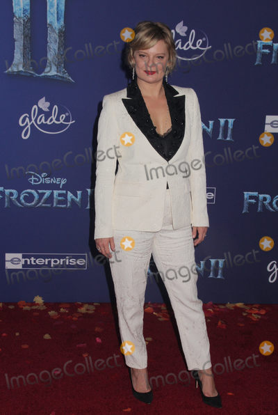 """Martha Plimpton Photo - Martha Plimpton 11/07/2019 The World Premiere of """"Frozen 2"""" held at the Dolby Theatre in Los Angeles, CA Photo by Izumi Hasegawa / HollywoodNewsWire.co"""