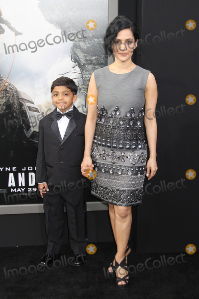 """Archie Panjabi, TCL Chinese Theatre Photo - Archie Panjabi 05/26/2015 """"San Andreas"""" Premiere held at the TCL Chinese Theatre in Hollywood, CA Photo by Kazuki Hirata / HollywoodNewsWire.net"""