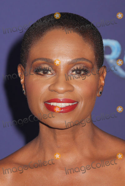 """Adina Porter Photo - Adina Porter 11/07/2019 The World Premiere of """"Frozen 2"""" held at the Dolby Theatre in Los Angeles, CA Photo by Izumi Hasegawa / HollywoodNewsWire.co"""