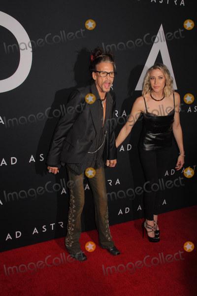 "Steven Tyler, Aimee Preston Photo - Steven Tyler, Aimee Preston 09/18/2019 ""Ad Astra"" Special Screening held at Cinerama Dome in Los Angeles, CA Photo by Izumi Hasegawa / HollywoodNewsWire.co"