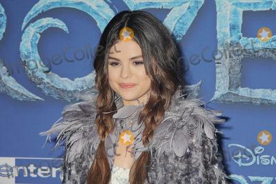 "Gomez, Selena Gomez Photo - Selena Gomez 11/07/2019 The World Premiere of ""Frozen 2"" held at the Dolby Theatre in Los Angeles, CA Photo by Izumi Hasegawa / HollywoodNewsWire.co"