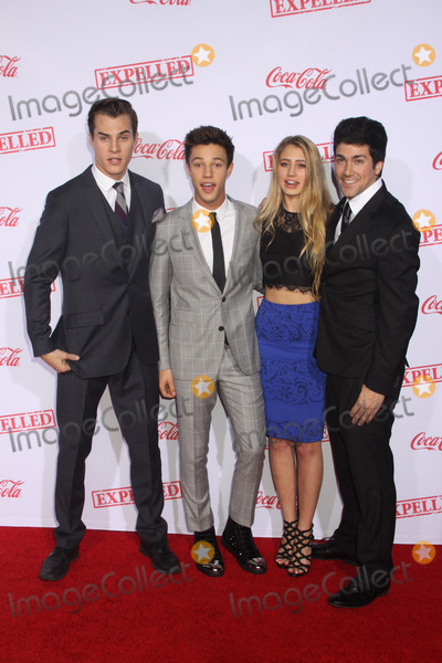 John Cameron, Marcus Johns, Cameron Dallas, Alex Goyette Photo - Marcus Johns, Cameron Dallas, Lia Marie Johnson, Alex Goyette 