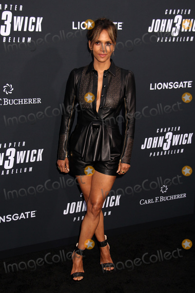 Halle Berry, TCL Chinese Theatre, John Wicks Photo - Halle Berry 05/15/2019 John Wick: Chapter 3 - Parabellum Premiere held at the TCL Chinese Theatre in Hollywood, CA Photo by Kazuki Hirata / HollywoodNewsWire.co