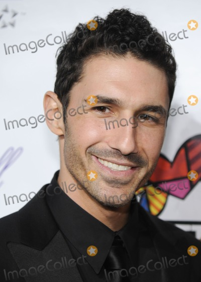 Ethan Zohn Photo - TV personality Ethan Zohn attends the 'Angel Ball 2010' in New York City, on October 21, 2010.