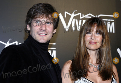 Alexi Yashin, Carol Alt Photo - Alexi Yashin and Carol Alt arrive to the Viva Glam VI dinner on September 6, 2006 in New York City.