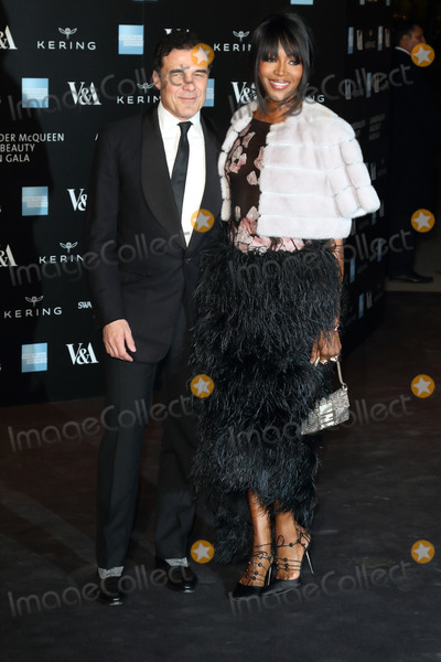 Andre Balazs, Naomi Campbell, Queen, Andr Balazs, André Balazs Photo - London. UK. Andre Balazs and Naomi Campbell at Alexander McQueen: Savage Beauty Fashion Benefit Dinner at the Victoria and Albert Museum, Kensington, London on the 12th March 2015.