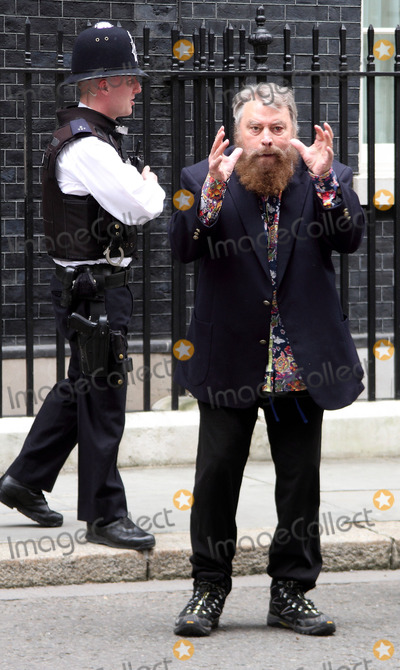 Brian Blessed, Annette Crosbie, Joanna Lumley, Julian Clary, STREET SIGN, Eddie Izzard, Twiggy Photo - London, UK.  Actors Brian Blessed and Annette Crosbie are among a group delivering a post card to 10 Downing Street, signed by celebrities such as, Joanna Lumley, Twiggy, Eddie Izzard and Julian Clary in support of greater transparency on animal research, on World Day for Laboratory Animals. 24th April 2013.Keith Mayhew/Landmark Media