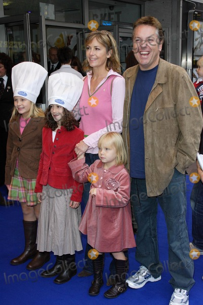Brian Conley, Leicester Square Photo - London, UK. Brian Conley and family at the UK Premiere of new film 'Ratatouille' held at the Odeon West End, Leicester Square. 30th September 2007.Keith Mayhew/Landmark Media