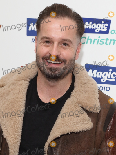 Alfie Boe Photo - London, UK. Alfie Boe at The Magic of Christmas at The London Palladium, Argyll Street, London on Sunday 25 November 2018.Ref: LMK73-J3022-261118Keith Mayhew/Landmark MediaWWW.LMKMEDIA.COM
