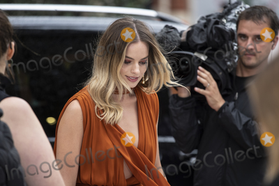 Margot Robbie, Gary Mitchell Photo - London, England. Margot Robbie at  the UK Premiere of Once Upon a Time in Hollywood, Odeon Luxe Leicester Square, London, England. 30th July 2019.Ref: LMK386-J5279-310719Gary Mitchell/Landmark MediaWWW.LMKMEDIA.COM