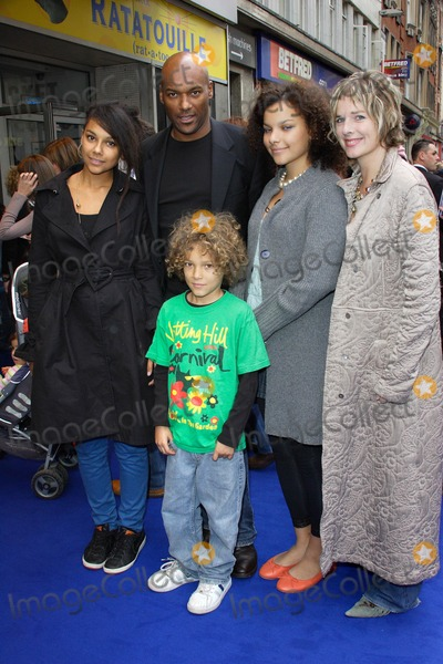 Colin Salmon, Leicester Square Photo - London, UK. Colin Salmon and Family at the UK Premiere of new film 'Ratatouille' held at the Odeon West End, Leicester Square. 30th September 2007.