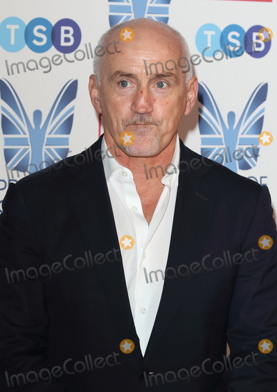 Barry McGuigan Photo - London, UK. Barry McGuigan at The Mirror Pride of Sport Awards at Grosvenor House, Park Lane, London on Thursday 06 December 2018