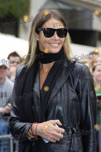 Elle Macpherson, ELLE  MACPHERSON, Leicester Square Photo - London, UK. Elle Macpherson at the UK Premiere of new film 'Ratatouille' held at the Odeon West End, Leicester Square. 30th September 2007.Keith Mayhew/Landmark Media