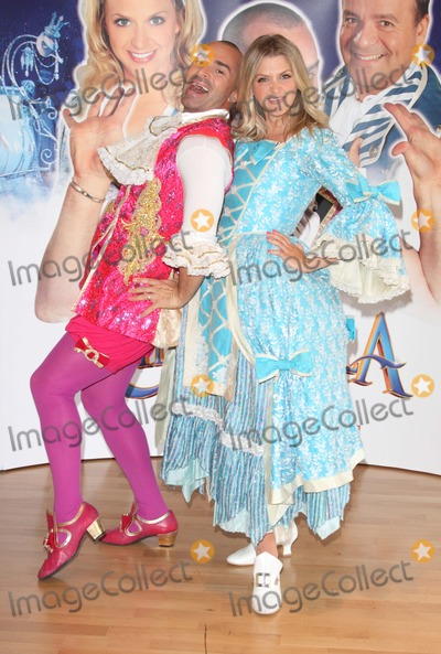 Cinderella, Louie Spence, Anna Williamson, Anna Maria Perez de Taglé Photo - Milton Keynes. UK.   Louie Spence and Anna Williamson    at the Cinderella Pantomime Press Launch . Pineapple Dance studio. Milton Keynes Theatre, Bucks 21st September  2012. Keith Mayhew/Landmark Media.