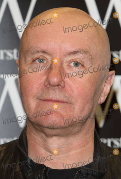 Irvine Welsh, Trainspotting Photo - London, UK. Irvine Welsh - Scottish writer known for gritty novels Trainspotting and Filth, now based in Chicago, signs copies of his latest book A Decent Ride, at Waterstones London Wall in London. 21st April 2015.Ref: LMK73-60007-210415Keith Mayhew/Landmark Media WWW.LMKMEDIA.COM