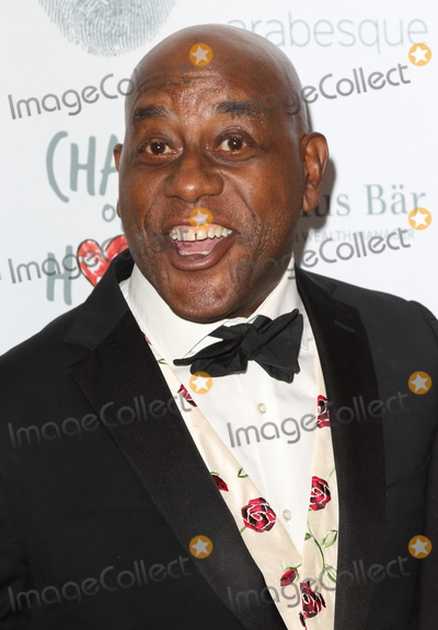 Ainsley Harriott Photo - London, UK. Ainsley Harriott   at the The Chain of Hope Ball at the Grosvenor House, Park Lane, London on 17th November 2017. 