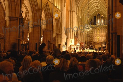 Photo - London.  Guests at the Marie Curie Cancer Care Christmas Concert held in Southwark Cathedral 13 December 2006Ali Kadinsky/Landmark Media