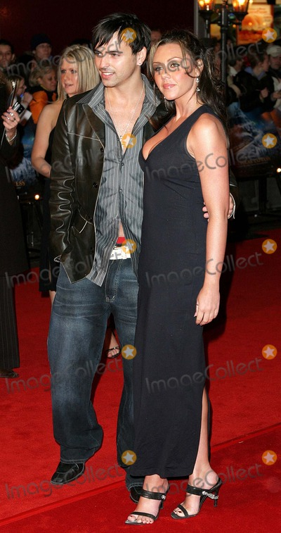 Andy Scott, Andy Scott Lee, Andy Scott-Lee, Liberty X, Michelle Heaton, 3SL Photo - London. Andy Scott-Lee (3sl) and girlfriend Michelle Heaton (Liberty X) arrives at the Premiere of 'Polar Express' at the Vue Cinema, Leicester Square.
