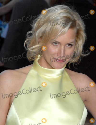 Alice Evans, Ioan Gruffudd Photo - London. UK. Alice Evans (Engaged to Ioan Gruffudd) at the London Premiere of new film 'Fantastic Four: The Rise of the Silver Surfer' held at the Vue West End in London. 12th June 2007.