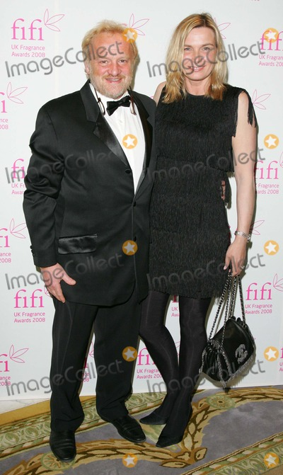 Anthony Worrall-Thompson Photo - London, UK. Anthony Worrall Thompson and wife at the FIFI Fragrance Awards, at the Dorchester Hotel, Park Lane in London, UK. 23rd April 2008. 