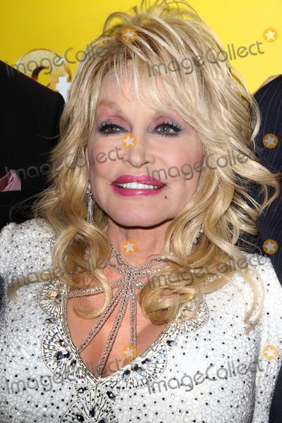 Dolly Parton Photo - London.UK.  Dolly Parton  at the  9 to 5 the Musical Gala Night at The Savoy Theatre. 17th February 2019.  Ref:LMK73-S2151-180219Keith Mayhew/Landmark MediaWWW.LMKMEDIA.COM