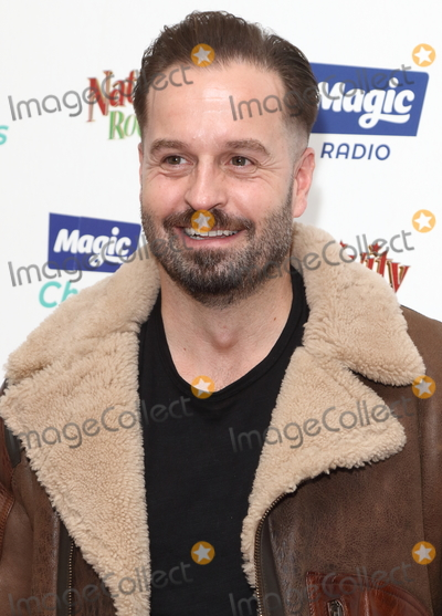 Alfie Boe Photo - London, UK. Alfie Boe at The Magic of Christmas at The London Palladium, Argyll Street, London on Sunday 25 November 2018.