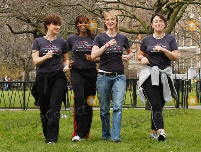 Arabella Weir, Emma Forbes, Hermione Norris, Shaznay Lewis Photo - London. Emma Forbes, Shaznay Lewis, Hermione Norris and Arabella Weir launch the five km charity walk 'Race for life' for Cancer Research Uk, at Lincoln's Inn Fields.