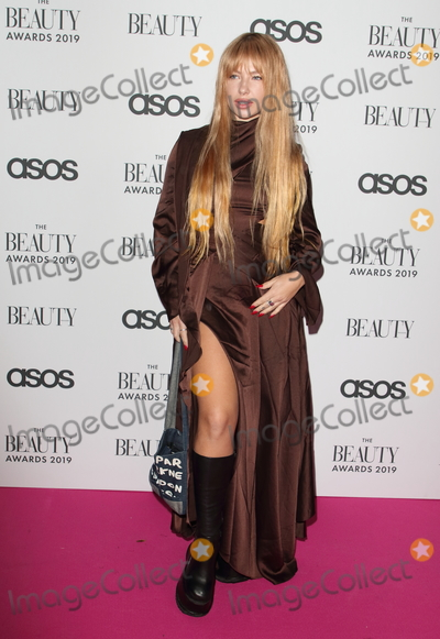 Jess Woodley, Pink Photo - London.UK.  Jess Woodley    at  The Beauty Awards 2019. VIP Pink Carpet at City Central at the HAC, Chiswell St, London. 25th November 2019,