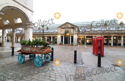 Covent Garden Photo - London, UK.London Covent Garden. Large empty spaces where tourists usually gather and deserted streets around landmarks due to the threat of a further spread of coronavirus -COVID-19  . London 19th March 2020Ref: LMK73-J6378-200320Keith Mayhew/Landmark MediaWWW.LMKMEDIA.COM