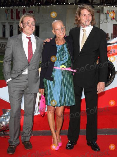 Photos and Pictures - London. UK. Sarah Hunt (widow of ...