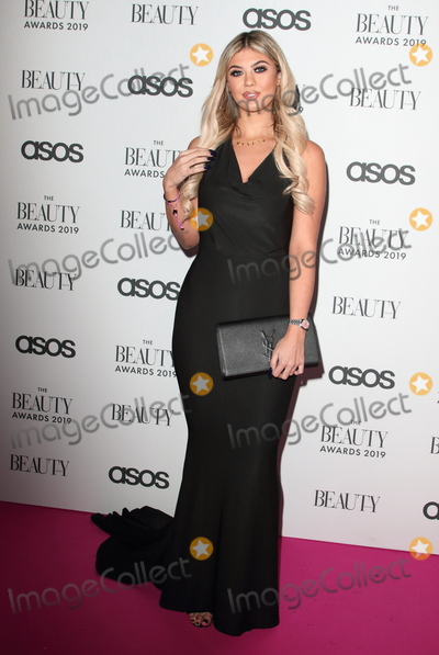 Belle Hassan, Pink Photo - London.UK.  Belle Hassan   at  The Beauty Awards 2019. VIP Pink Carpet at City Central at the HAC, Chiswell St, London. 25th November 2019,