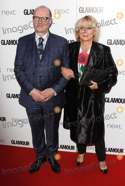 Adrian Edmondson, Jennifer Saunders Photo - London, UK. Adrian Edmondson and Jennifer Saunders at Glamour Women Of The Year Awards at Berkeley Square Gardens, London on June 6th 2017.