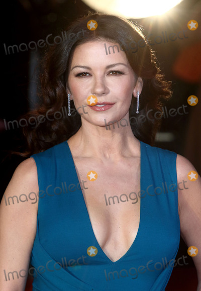Catherine Zeta-Jones Photo - London, UK. Catherine Zeta-Jones at 'Dad's Army'  World Premiere at the Odeon, Leicester Square, London, England. 26th January 2016.
