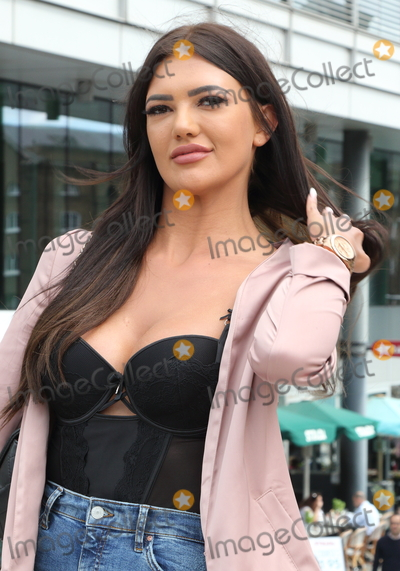 Abbie Holborn, Geordie Photo - London, UK. Abbie Holborn at Geordie Shore: Land of Hope and Geordie Photocall at Tower Bridge, London on the 16th August 2017.