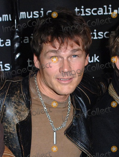 A-Ha, Morten Harket Photo - London. Morten Harket from A-Ha - Norwegian band who had hits in the 1980's and who reformed in 2005 - perform at The Tiscali Secret Sessions held at Cargo in Shoreditch. .Renowned as purveyor of new music with its monthly showcases, Tiscali announces the launch of its first Tiscali Secret Sessions event. This all day event, features some of the best artists and groups from around the world playing live for an exclusive audience of less than 300. 