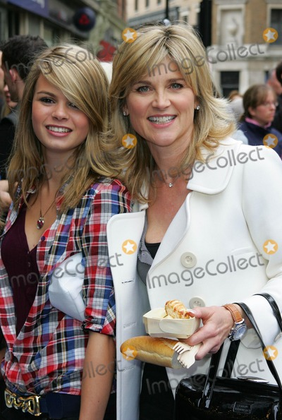 Anthea Turner, Leicester Square Photo - London, UK. Anthea Turner at the UK Premiere of new film 'Ratatouille' held at the Odeon West End, Leicester Square. 30th September 2007.