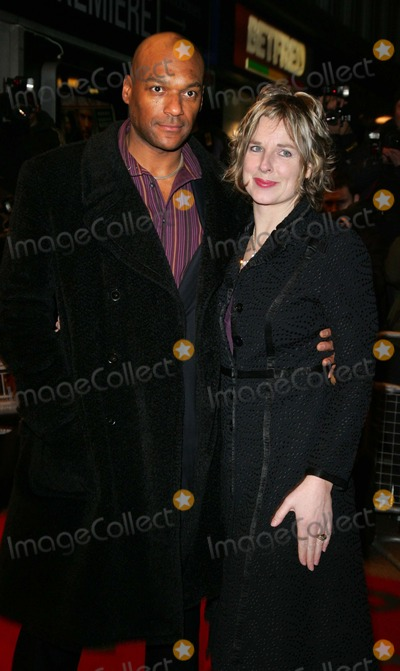 Colin Salmon, Fiona Hawthorne, Leicester Square Photo - London UK .Colin Salmon and  wife Fiona Hawthorne  at the World Premiere of  his film 'The Bank Job' at the Odeon West End, Leicester Square, London . The movie is about a  gang of criminals in London who break into a bank vault to discover that have come across some state secrets that now puts their lives in mortal danger. 18th February 2008. Keith Mayhew/Landmark Media.