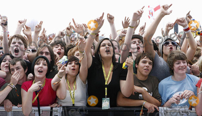 Day One Photo - Reading. UK. Crowd at Reading Festival Day One. 22nd August 2008.J Adams/Landmark Media